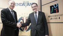 "El Villarreal pone en marcha la iniciativa ""Endavant Cátedra"""