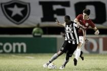 Botafogo vence, complica situação do Inter e engrena terceira vitória consecutiva