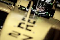 Nico Hülkenberg se deja ver en el Renault RS16