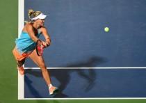 WTA Dubai - Fuori anche la Radwanska, bene Kerber e Wozniacki. Oggi i quarti