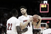 #14 Louisville Cardinals pulls away from #7 Duke Blue Devils in ACC matchup
