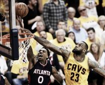 Gli Atlanta Hawks si inchinano di fronte a King James, ma solo all'overtime