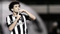 "Camilo pede apoio do torcedor na Libertadores e elogia Montillo: ""Grande reforço"""
