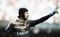 Cech wins Golden Glove award