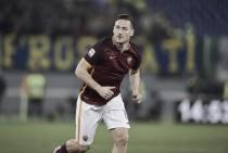 Nas vésperas de Deby della Capitale, Totti afirma desejo de 'destruir' Lazio