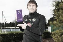 Antonio Conte, técnico del mes de noviembre en la Premier League