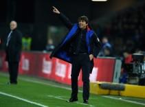Conte se presenta en el entrenamiento del Chelsea