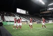 Internacional vence Corinthians nos pênaltis e avança na Copa do Brasil