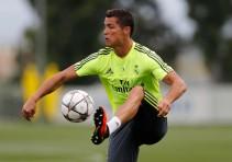 Cristiano entrena sin problemas tras el susto en el 'Open Media Day'
