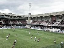 El Pontevedra pone los dos pies en el playoff de ascenso