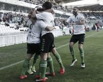 El Racing vence al Burgos y se afianza en el liderato