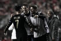Napoli y Benfica estarán en octavos