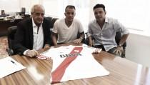 D'Alessandro se emociona na apresentação oficial em seu retorno ao River Plate