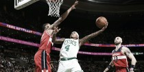 Isaiah Thomas brilha, Celtics viram e vencem Wizards