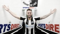 Newcastle United confirm signing of striker Daryl Murphy