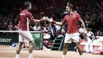 """VIDEO Coppa Davis: il """"colpo"""" di Federer e le migliori giocate del doppio"""