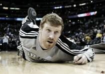 Matt Bonner lucha para seguir un año más en la NBA