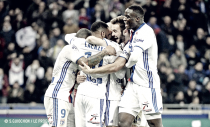 El Lyon aplasta al Metz y se asienta en puestos europeos