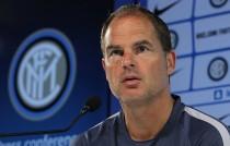 """De Boer: """"Vogliamo andare avanti in questa competizione. FPF? Deluso ma non piango"""""""