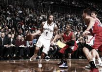 Aldridge supera a Howard y Williams mejora a Brooklyn