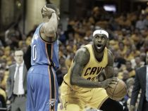 Westbrook y James, jugadores del mes de febrero
