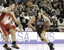 El Valencia Basket logra una trabajada victoria en Manresa y sigue haciendo historia