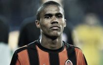 Chelsea reportedly set to make £20m bid for Douglas Costa