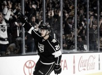 Los Angeles Kings win fifth overtime game, defeating Pittsburgh Penguins 3-2
