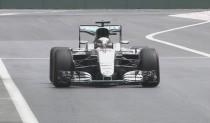 Lewis Hamilton estrena el circuito de Bakú