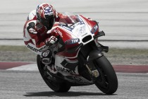 Stoner vuelve a escuchar el rugido de la Ducati