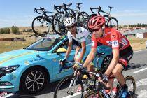 """Tom Dumoulin mantiene la estrategia: """"Seguir la rueda de Aru"""""""