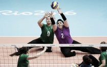 No vôlei sentado, seleção brasileira feminina vence os Países Baixos e garante o primeiro lugar do grupo