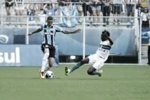 Grêmio passa trabalho, mas vence Coritiba e assume liderança do grupo na Copa Sul-Minas-Rio