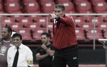 """Bauza lamenta resultado, mas destaca vontade: """"Temos que lembrar do esforço dos jogadores"""""""