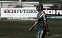"""Eduardo Baptista reconhece atuação fraca e admite pressão: """"Os resultados não são bons"""""""