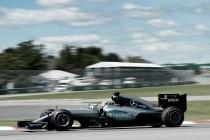 Lewis Hamilton le dedica la pole a Ali