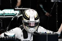 "Lewis Hamilton: ""El coche va muy bien en tanda larga"""