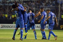 Resultado Emelec - U. Católica por Serie A (2-2)