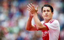 Stoke City complete signing of Bojan from Barcelona