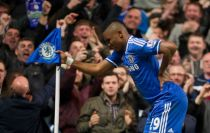 Chelsea demolish ten man Spurs