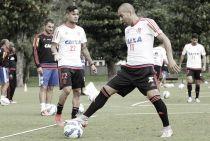 Com presença da torcida na Gávea, Flamengo faz último treino no Rio antes de viajar para Cuiabá