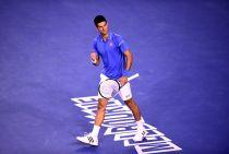 Australian Open: Djokovic rimanda Raonic, Wawrinka supera Nishikori