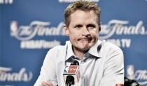 Steve Kerr podría perderse lo que queda de Playoffs