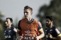 Palmeiras adquire Fabiano junto ao Cruzeiro e anuncia troca de Robinho por Willian