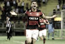Flamengo tem negociação adiantada com Benfica para venda de Felipe Vizeu