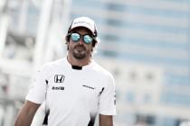 """Fernando Alonso: """"Espero ser más competitivo que en Bakú"""""""