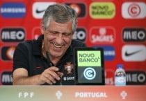 """Fernando Santos: """"Tenemos mucho por hacer"""""""