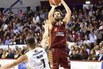 LegaBasket Serie A - Venezia ringrazia Filloy e supera Varese nel finale
