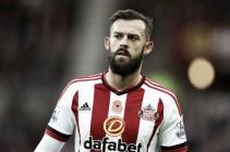 Steven Fletcher signs for Sheffield Wednesday