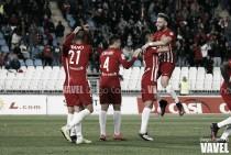 Fotos e imágenes del Almería 2-1 Elche, jornada 15 de Segunda División